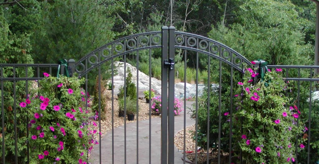 Michigan Aluminum Fencing and Railing, Glass Fencing and Railing